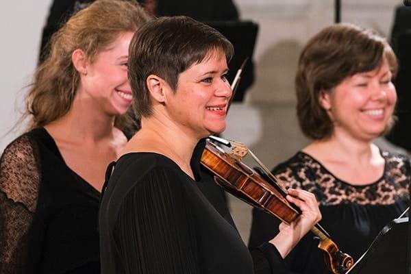 Eva Borhi